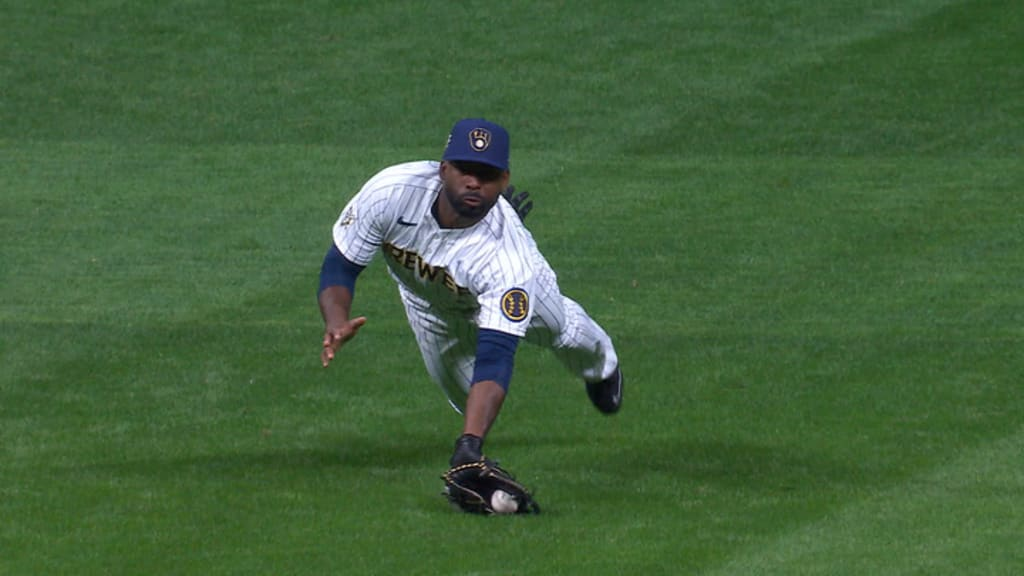 Milwaukee Brewers Still Believe In Jackie Bradley Jr.'s Bat