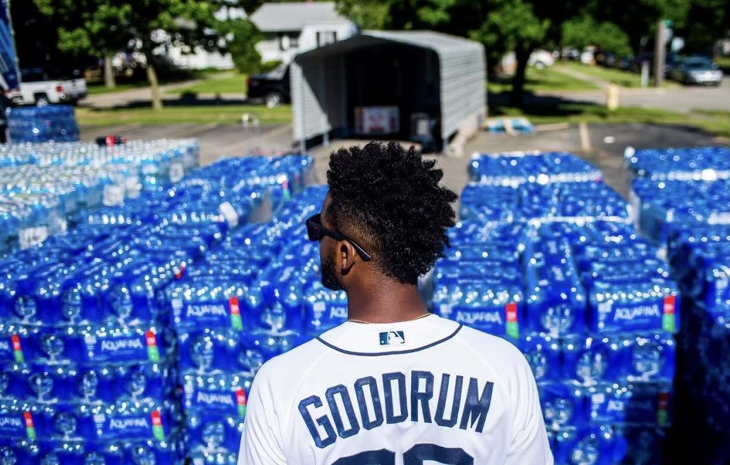 Detroit Tigers Player Niko Goodrum Donates 275 Cases Of Water To Flint Community